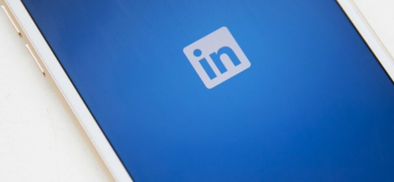 How to ask and get recommendations on LinkedIn